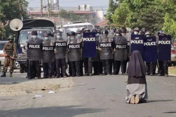 MYANMAR. DAL COLPO DI STATO ALLE PROTESTE
