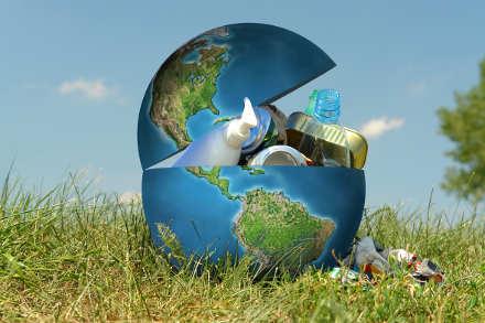 IL PREZZO DELLA COMODITÀ – Con Eva Alessi, Responsabile Consumi Sostenibili del WWF Italia